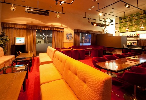 Night Lounge Akane (1st floor of Hanabishi)